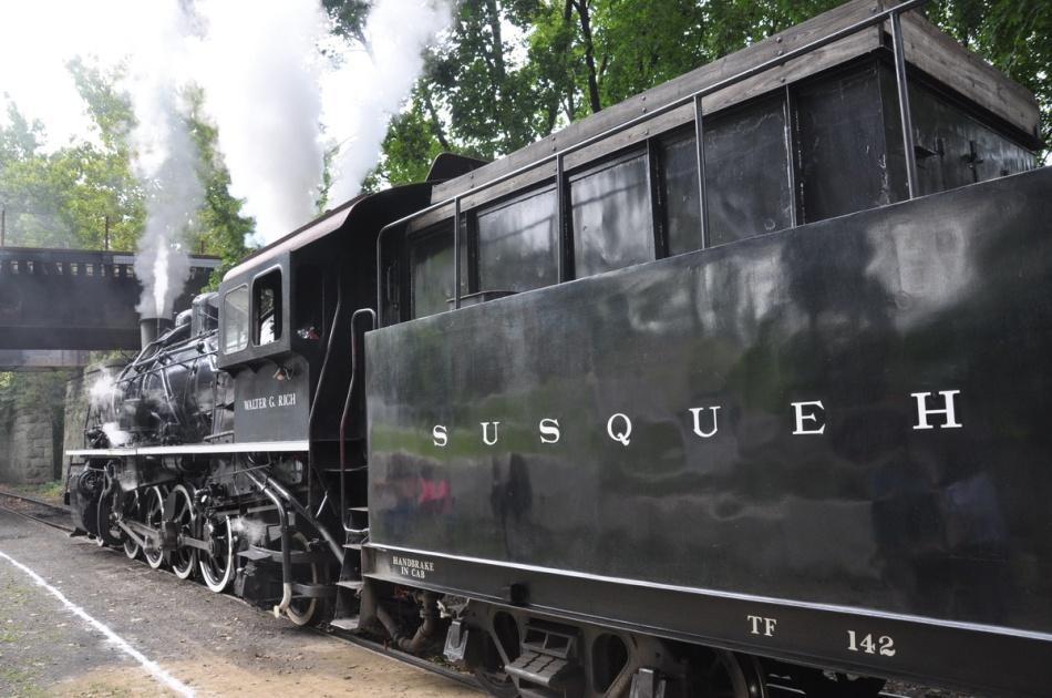 Delaware River Steam Train Dinosaur Train