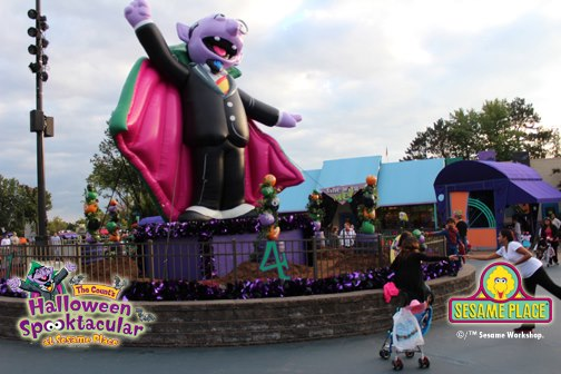 counts halloween spooktacular at sesame place - Sesame Place Halloween