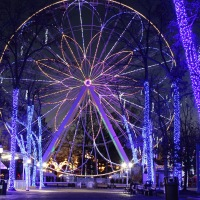 10 Reasons to Visit Six Flags Great Adventure's Holiday in the Park