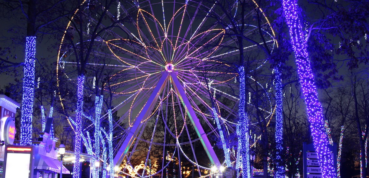 Six Flags NJ Christmas Festival