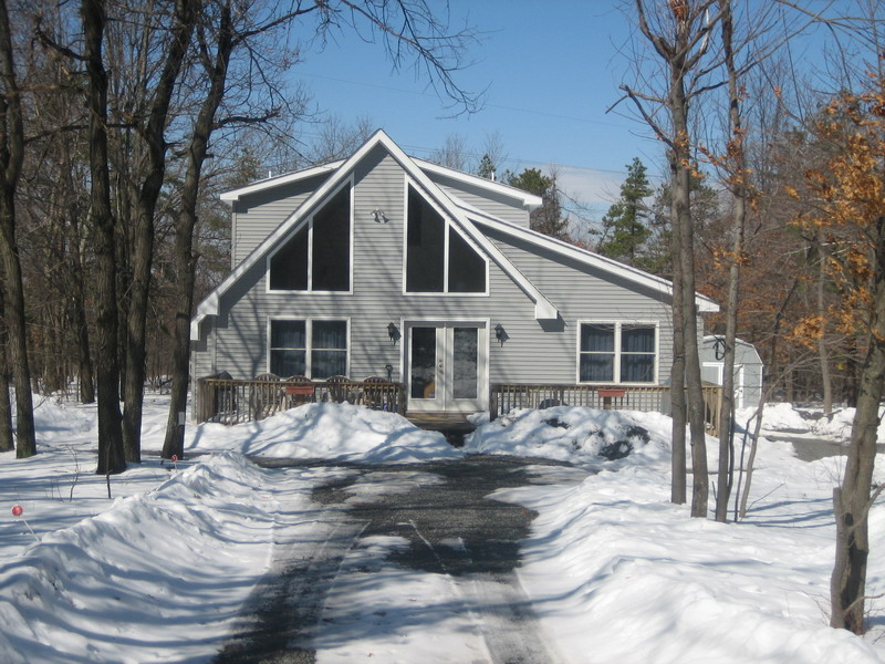 Pocono winter vacation rental deals