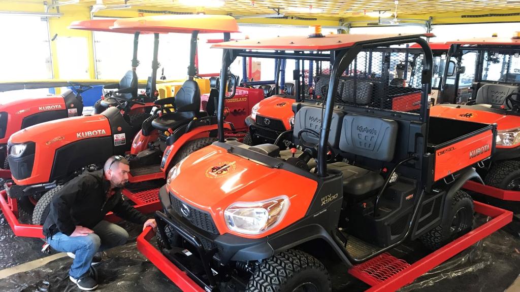 Diggerland NJ Kubota tractors new ride