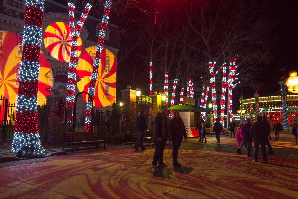 Six Flags Holiday in the Park Review