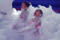 Sahara Sams waterpark foam party