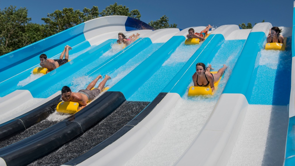 Six Flags Hurrican Harbor waterpark reopening